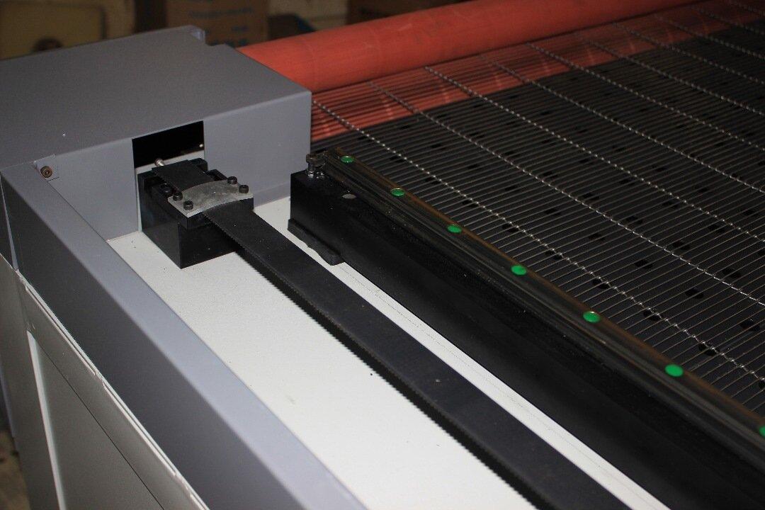 Лазерный станок G-RAY 1820 Ruida 130W
